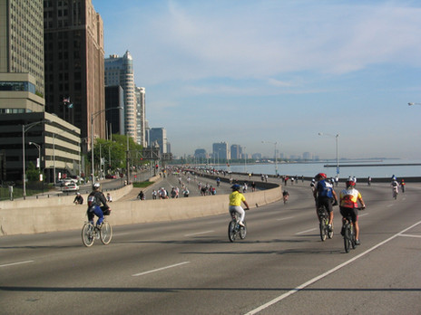 Lake_Shore_Drive_during_Bike_the_Drive.j