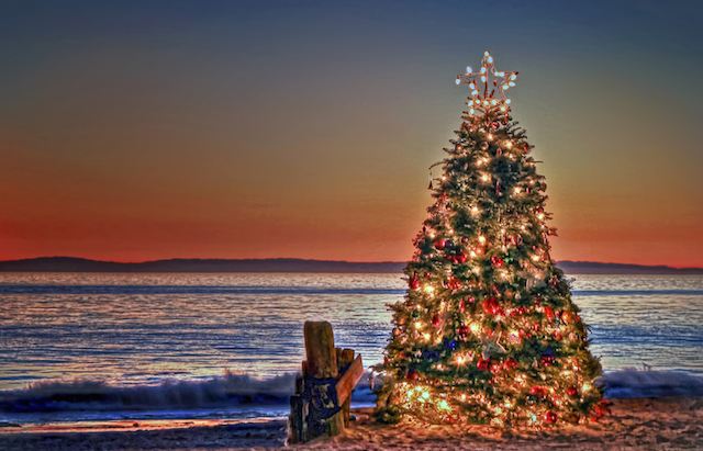The Best Christmas Shopping and Activities in the Manzanita Oregon Area
