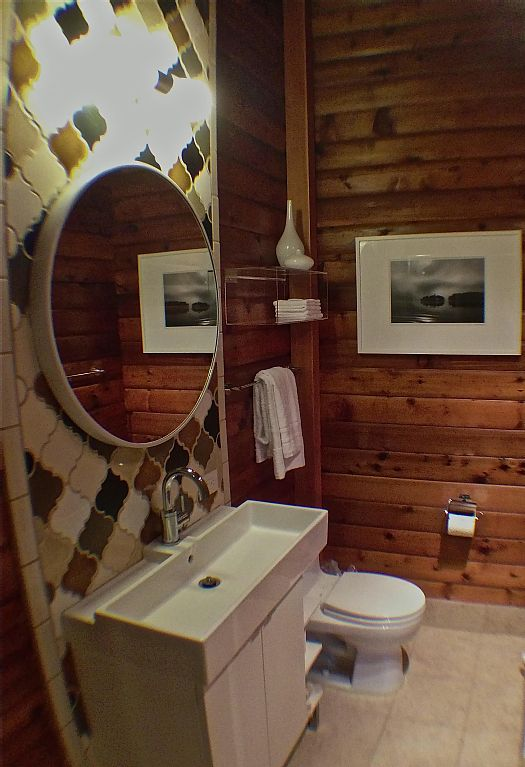 Oceanfront Cabin Bathroom