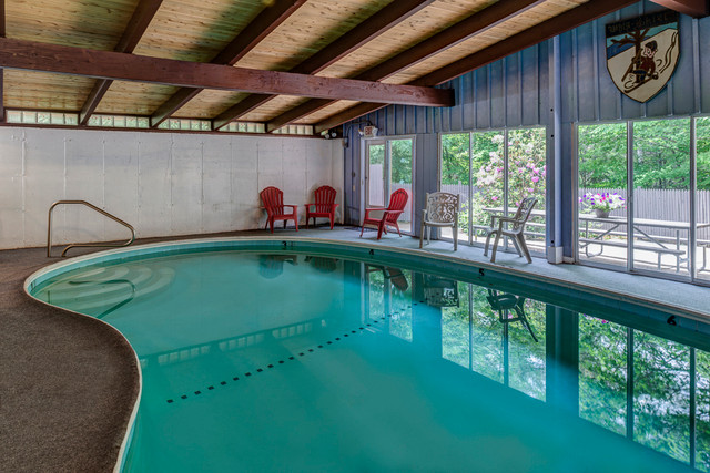 Four Seasons Lodge in Versatile North Conway, New Hampshire