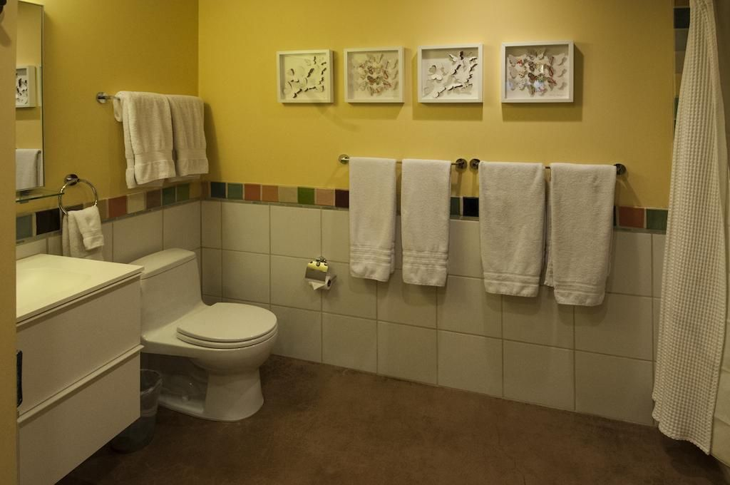 Large, spacious bathrooms