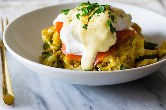 MATZO BREI EGGS BENEDICT WITH LOX RECIPE