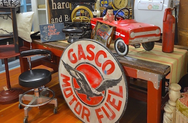 astoria vintage hardware
