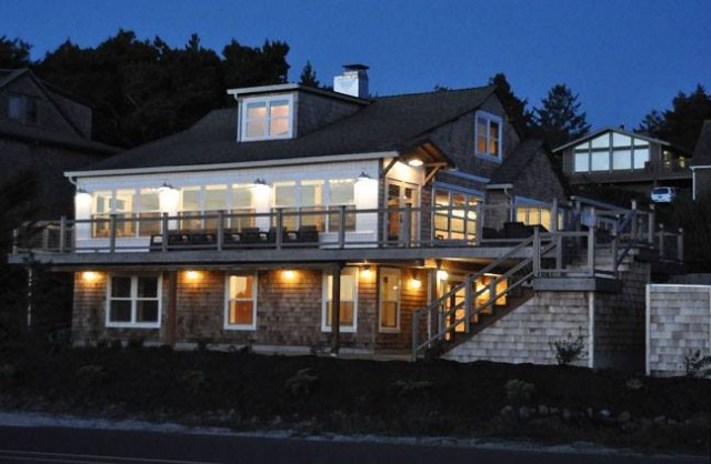 Vacation rentals by owner, The Houses on Manzanita Beach