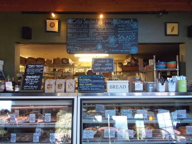 Bread and Ocean bakery, Manzanita Beach