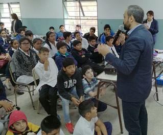 Adolescentes tucumanos capacitan para prevenir abusos en las Redes Sociales