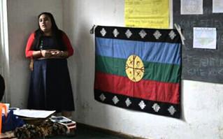 """""""Para el niño mapuche el aprendizaje es parte de la vida cotidiana, no sólo del momento escolar"""