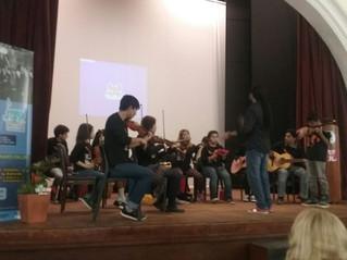 Niños y jóvenes llenaron de música latinoamericana la Facultad de Filosofía y letras