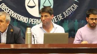 Una mesa para reclamar más políticas de infancia y gritar fuerte No a la Baja
