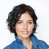 Leah Tinari bio Rhode Island RISD NYC painting artist aeger Sloan