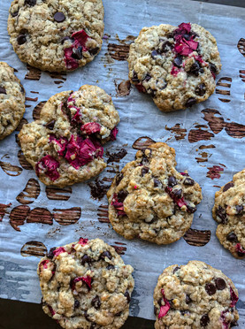Rhubarb, Ginger & Dark Chocolate Cookies