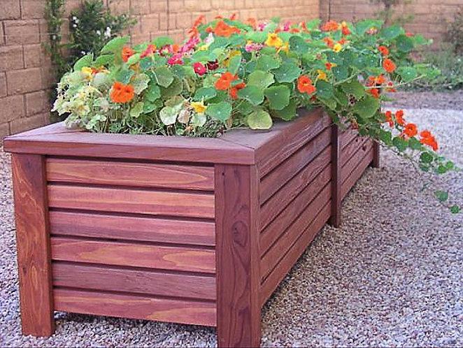 Деревянный ящик кашпо