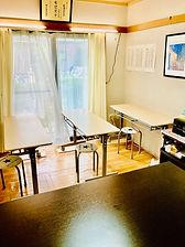 教室➁無人.jpg