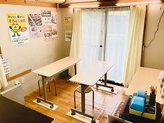 教室➁無人2.jpg