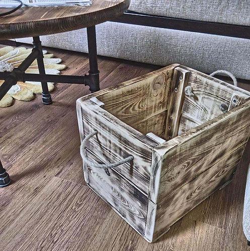 ящик деревянный для дома