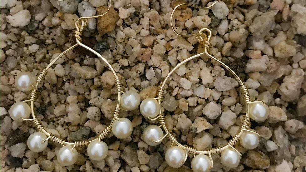 Arracada mediana perlas