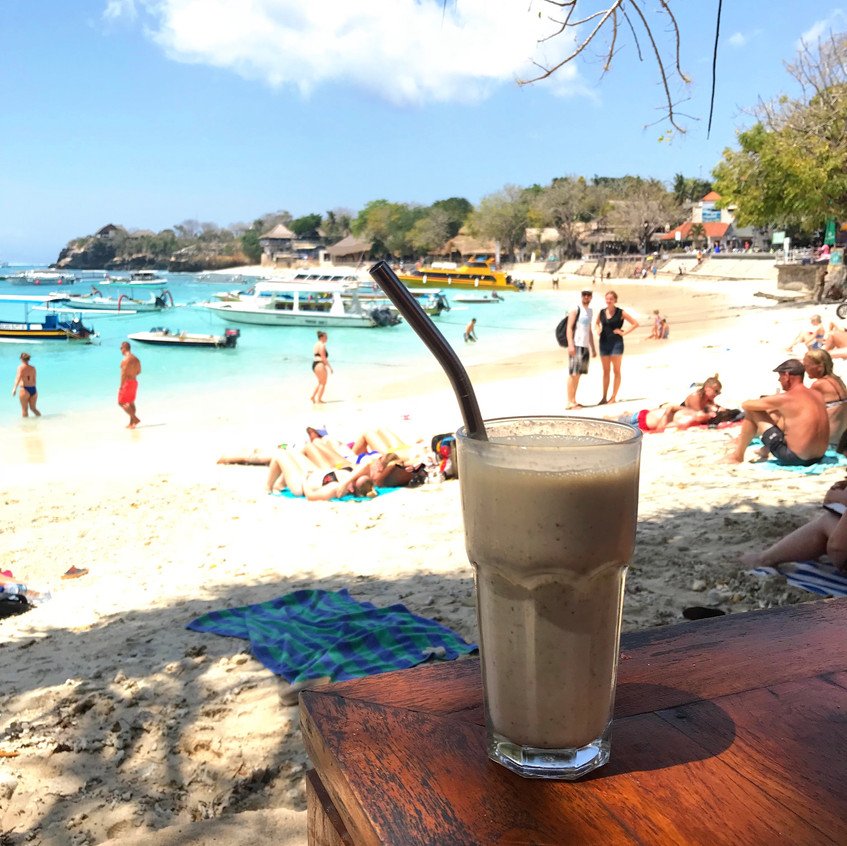 An absolutely divine date smoothie, on Lembongan.