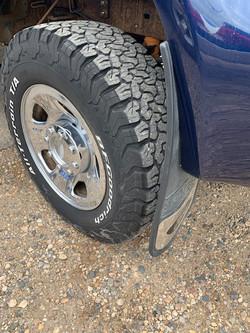 09 f350 tire