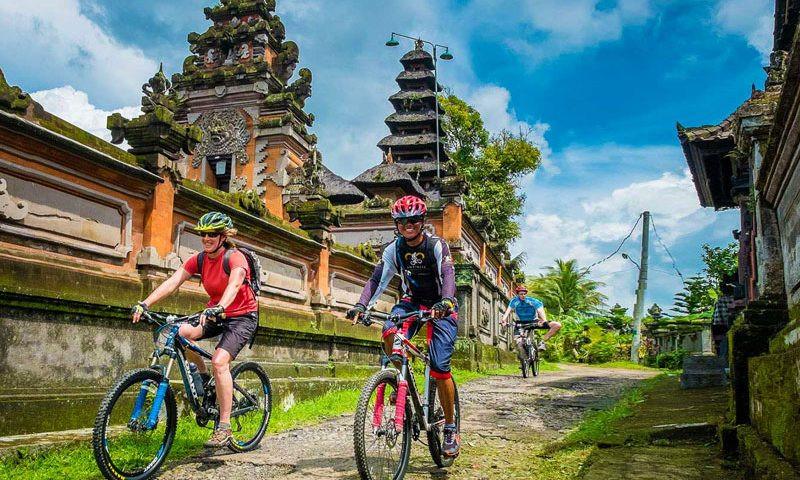 Batur-cycling-3-800x480.jpg