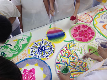 香港藝術治療輔導與教育 Hong Kong Art Therapy and Education​   Ensuring healthy psychological growth for every child and youngsters.
