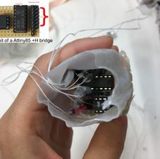Circuits of DC motors (Attiny85 + H bridge)_backside