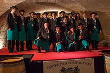 Compagnons du beaujolais - Devoir Auvergnat - 221ème chapitre caveau de lacenas.jpg