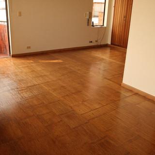 crushed-bamboo-panel-flooring.jpg