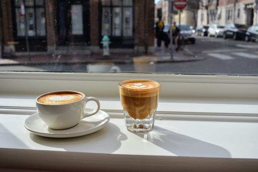 A cappuccino and a cortado at Blue Bottle Coffee, Cambridge