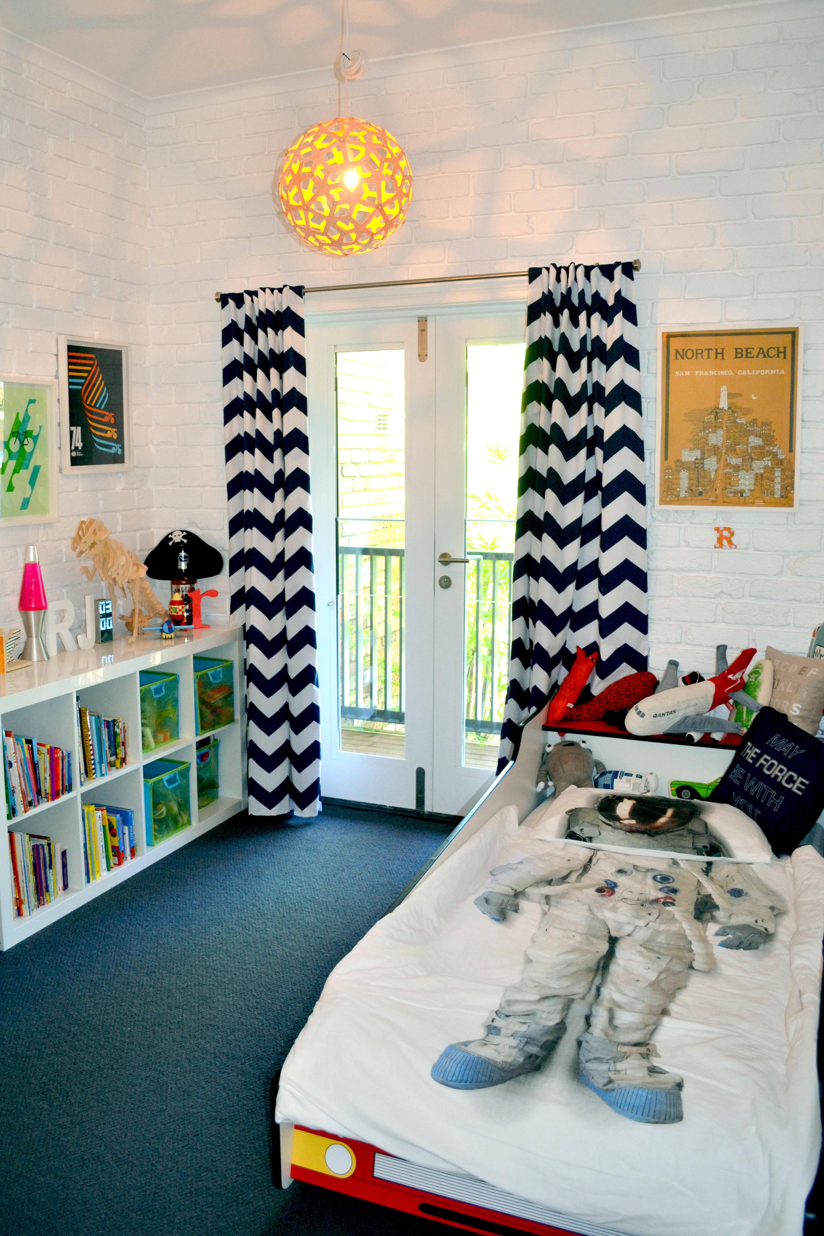 kidsbedroom