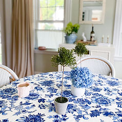 blue and white tablecloth chinoiserie.jp