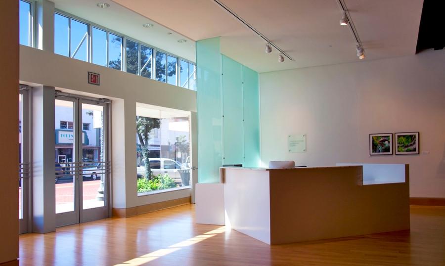 Ed & Gwen Cole Art Center
