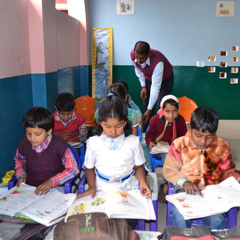 India 63 - D Foundation - Chauki School