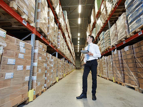 8 Ways to Save on Warehouse Costs This Year