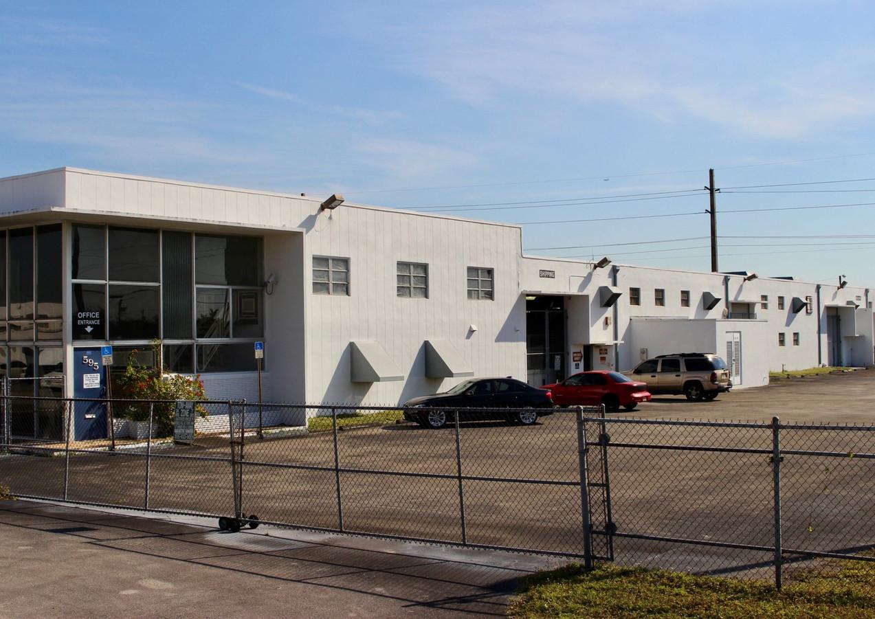 Hialeah+Warehouse+Main-0ec52474.jpg
