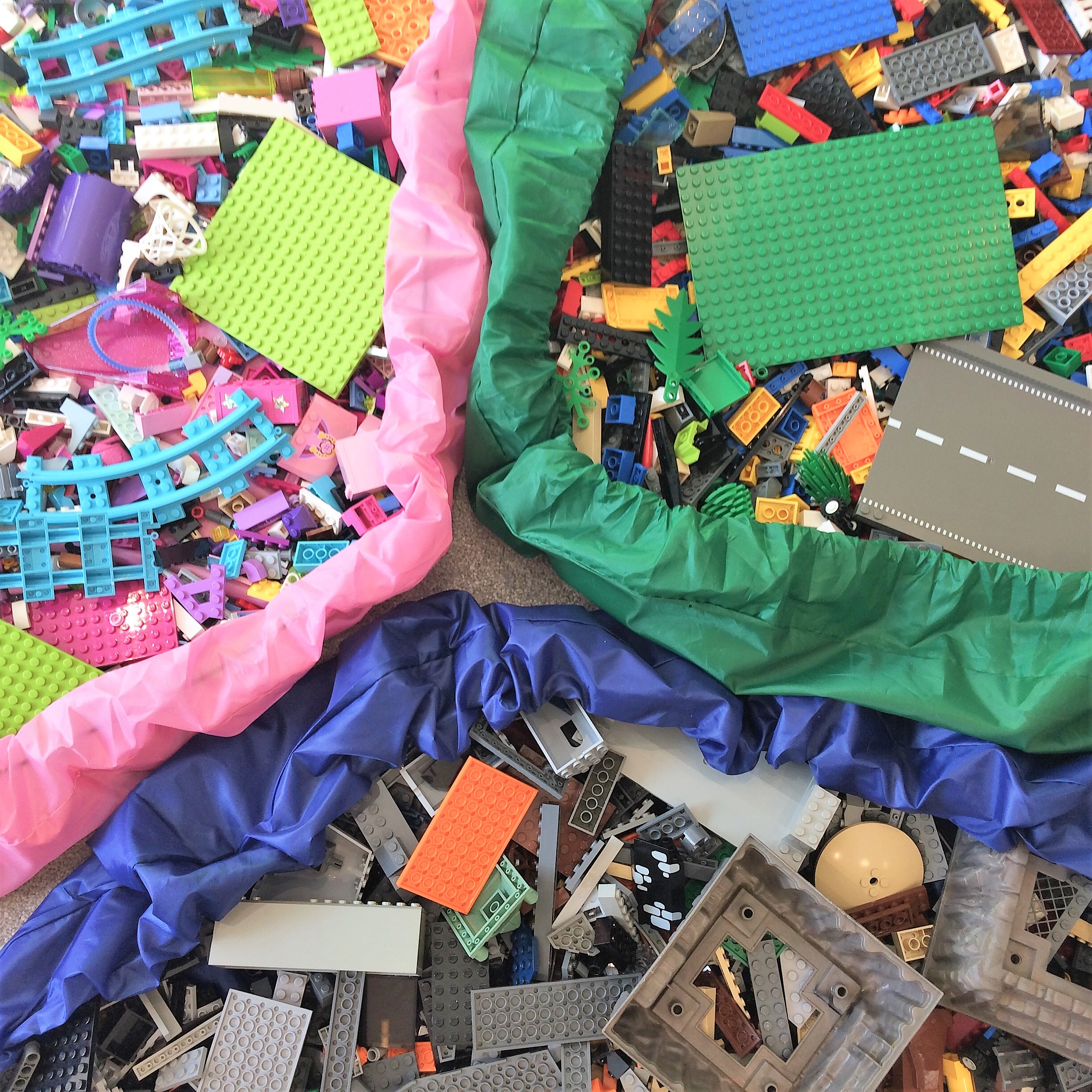 Coloured play pits