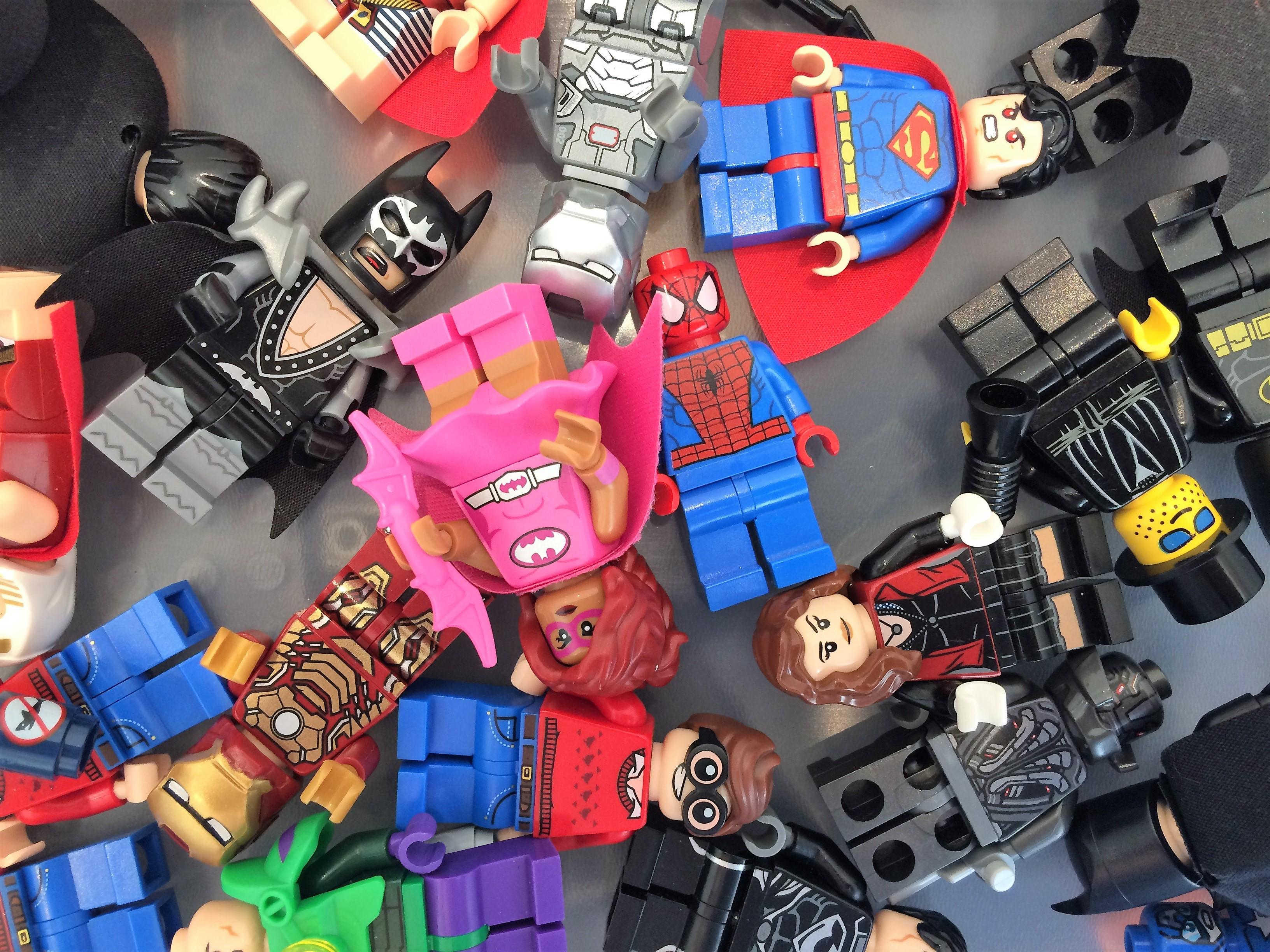 Superhero minifigures