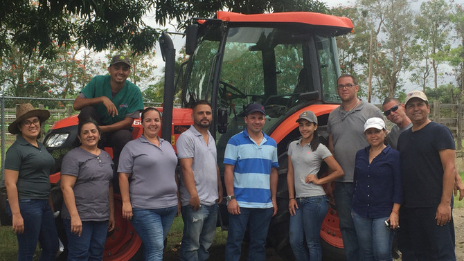 CaboRojo Steaks apoya la educación agrícola