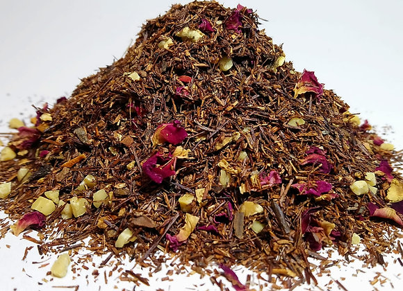 Infusión de Rooibos Passion at the fireplace