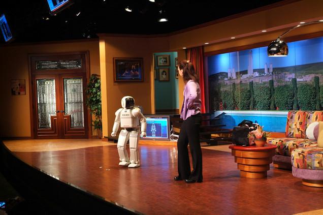 Say Hello to Honda's ASIMO Stage Show