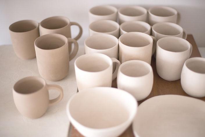 Tassen und Schalen