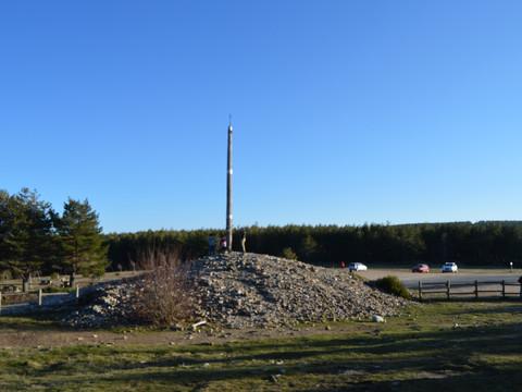 La Cruz de Ferro, un alto en el Camino en plena montaña leonesa