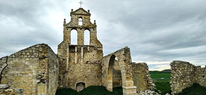 Iglesia en ruinas Mota del Marqués.jpg