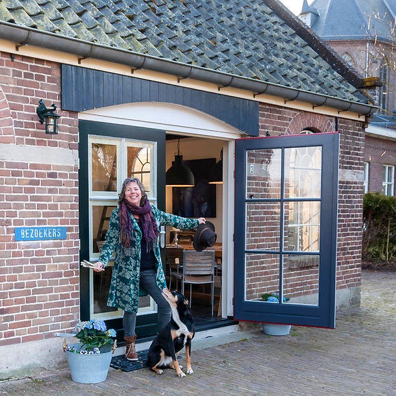 Caroline van de Vate-ART; Caroline van de Vate-Coaching; Atelier de Oude Smederij; Coaching Vaassen; Schildercursus; Schilderworkshop; Coaching Apeldoorn; Coaching Epe; Creatieve coaching; Kunstzinnige coaching.