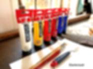 Thuis schilderen. Startersset acrylverf. Goede acrylverf om mee te  beginnen. RoyalTalens acrylverf te koop. Verzenden, wordt bezorgd. Online schildercursus. Online leren schilderen. Primaire kleuren. Kleurencirkel. Atelier de Oude Smederij