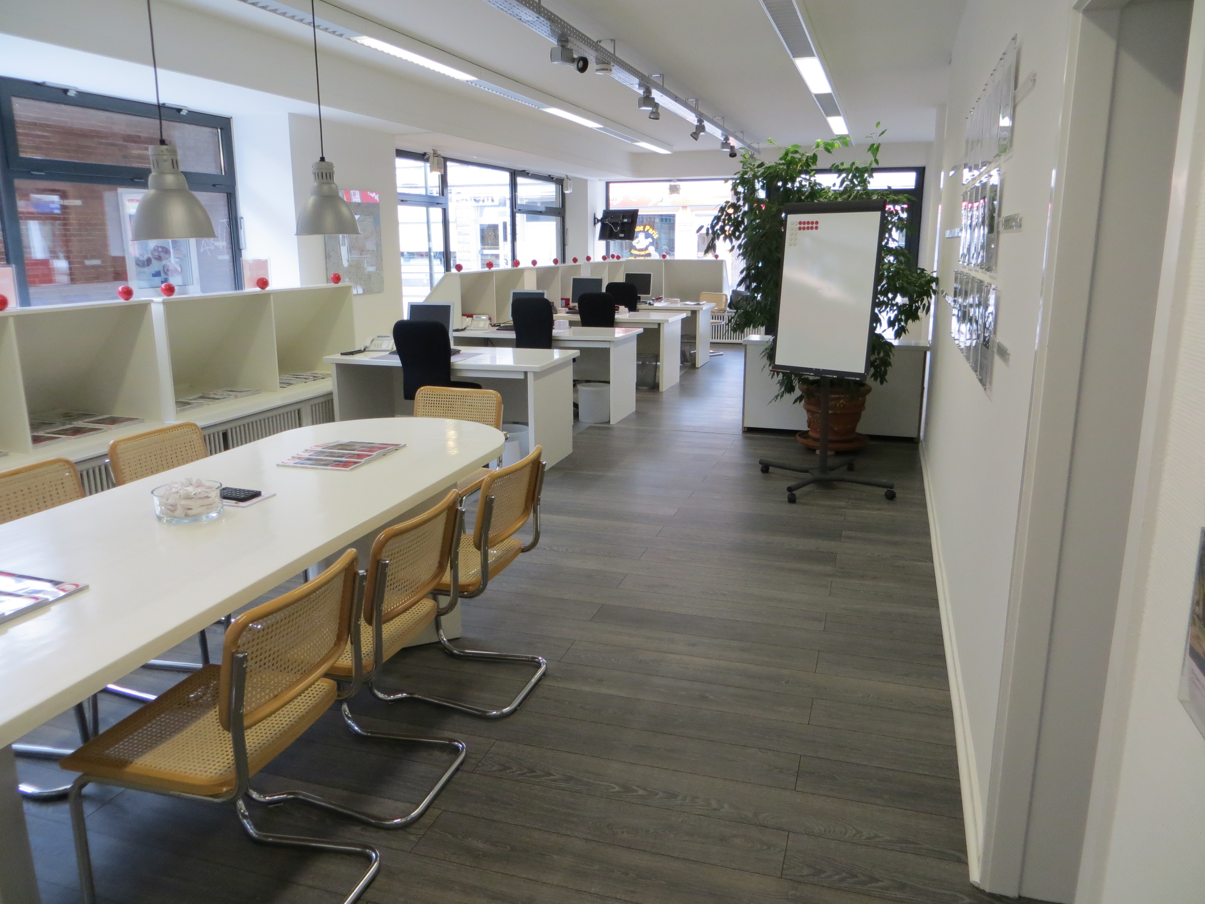 Büromöbel lackieren