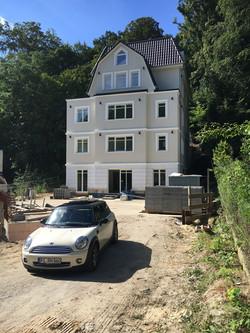 Fassadengestaltung an der Elbe