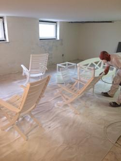Terrassenmöbel lackieren