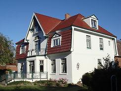 Malerarbeiten sowie Fußbodenverlegung in Wohn- und Geschäftsräumen - Referenzobjekte
