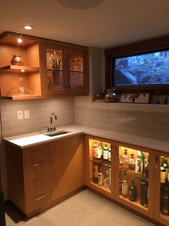 Wetbar Cabinetry