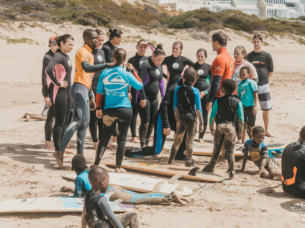 Волонтеры благотворительность Серф трип Дорога Садов ЮАР Unravel Surf Travel